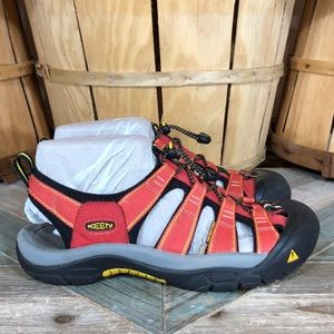 Keen Newport H2 Hiking Sandals (Waterproof)